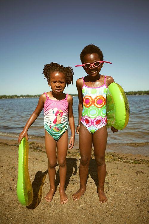 Makena and nadia at the beach